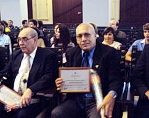Premiado el profesor Orestes Noel Mederos Curbelo