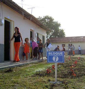 26-12-2012-comunidad-sandy-holguin-hector-carballo-hechavarria-jr-26429-fotografia-3481