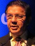Dr Félix Escaño