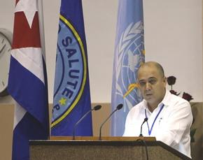 Dr. Roberto Morales Ojeda