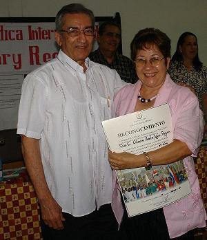 Dra.C Gloria María León