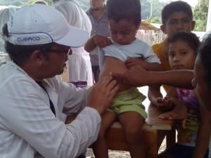 médicos-en-ecuador-terremoto-4-580x435