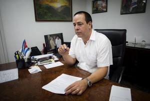 jose-angel-portal-ministro-de-salud-cuba-580x393