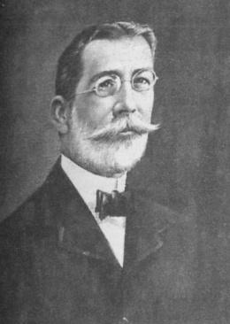 Dr. Juan Nicolás Dávalos Betancourt