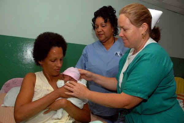Enfermeras cubanas. Imagen: AIN